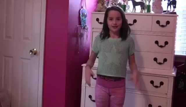 Little girls masterbating gifs — pic 2