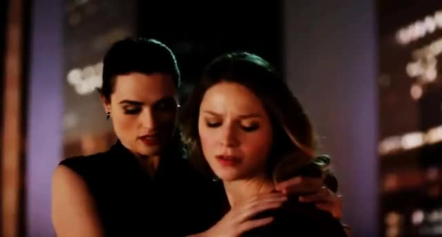 Watch and share Lena & Kara || Waiting For Superman (Supercorp) GIFs on Gfycat