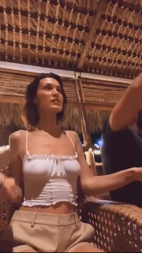 Watch and share Bella Hadid GIFs by zombiebasterd on Gfycat