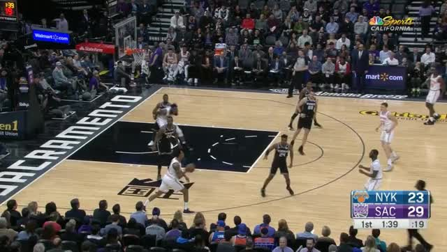 Watch and share Sacramento Kings GIFs and New York Knicks GIFs by prejuce on Gfycat