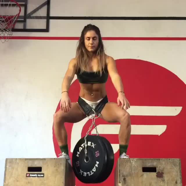 Watch and share Celia Gabbiani GIFs and Crossfit GIFs by bubbascarecrow on Gfycat