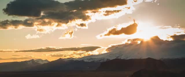 Watch and share Weathergifs GIFs on Gfycat