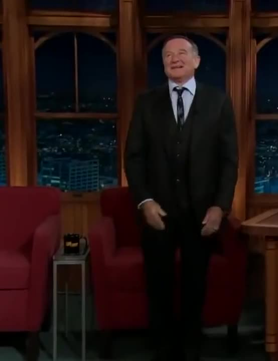 Watch and share Robin Williams GIFs and Celebrities GIFs by Reactions on Gfycat
