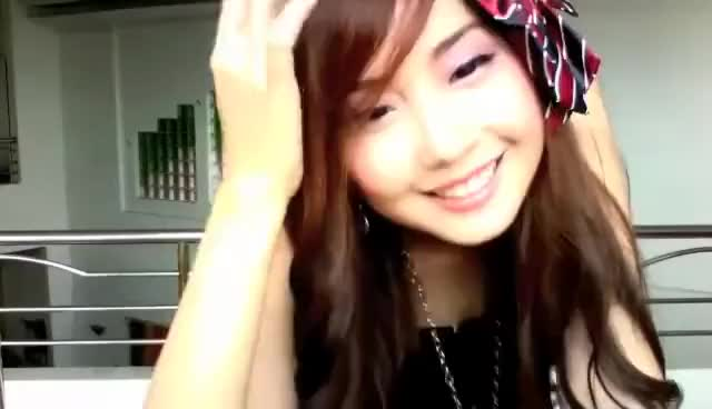 Watch Alodia GIF on Gfycat. Discover more Alodia, Smile GIFs on Gfycat