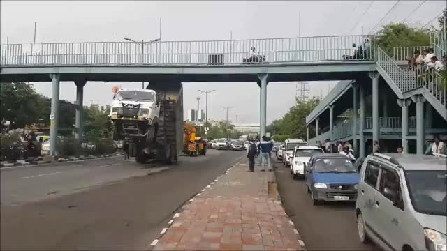 Watch Funny Truck Accident In India GIF by Diana Prince (@dianaprince) on Gfycat. Discover more accident, funny, india, truck GIFs on Gfycat