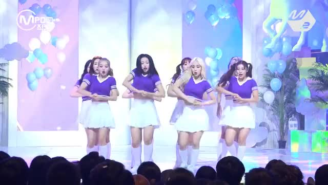 Watch loona ot12 hi high GIF on Gfycat. Discover more Chuu, Live, choerry, dancing, fancam, favorite, haseul, heejin, hyunjin, jinsoul, k-pop, kpop, m2, mcountdown, mnet, mpd, vivi, yeojin, yves GIFs on Gfycat