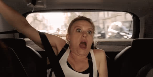 freaking out, kate mckinnon, oh shit, scared, screaming, terrified, the spy who dumped me, Kate McKinnon - The Spy Who Dumped Me GIFs