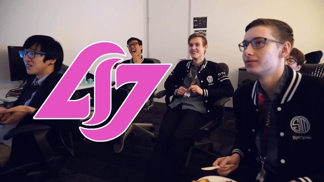 TeamSolomid, teamsolomid, Team SoloMid laughing at CLG, pink edition. GIFs