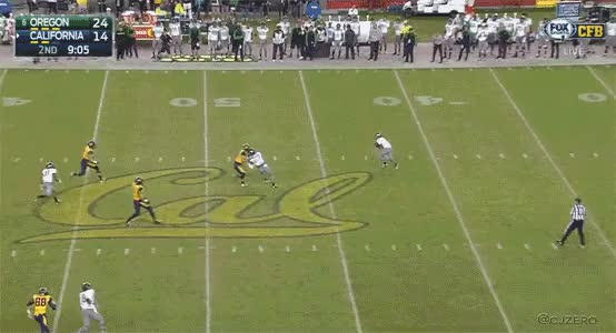 Watch and share Oregon's Charles Nelson With An Amazing 58 Yd Punt Return TD GIFs by cjzero on Gfycat