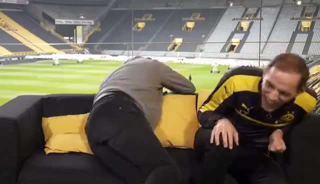 Watch and share Das Feiertagsmagazin Mit Thomas Tuchel   FC Bayern München - BVB GIFs on Gfycat