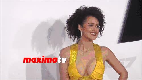nathalie emmanuel, Sexy yellow dress [GIF] • r/NathalieEmmanuel GIFs