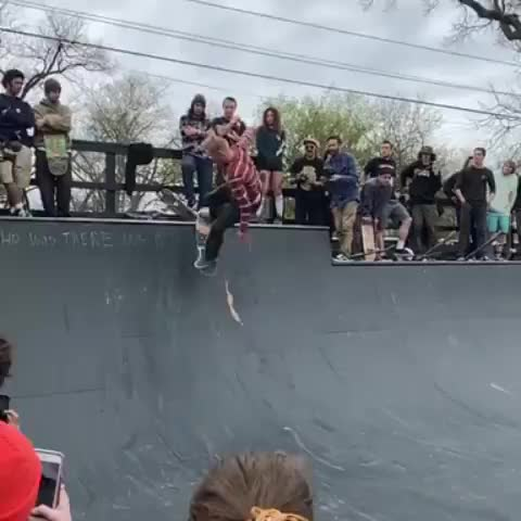 Watch and share Vert Skateboarding GIFs and Jakewooten GIFs by l-orion-l on Gfycat