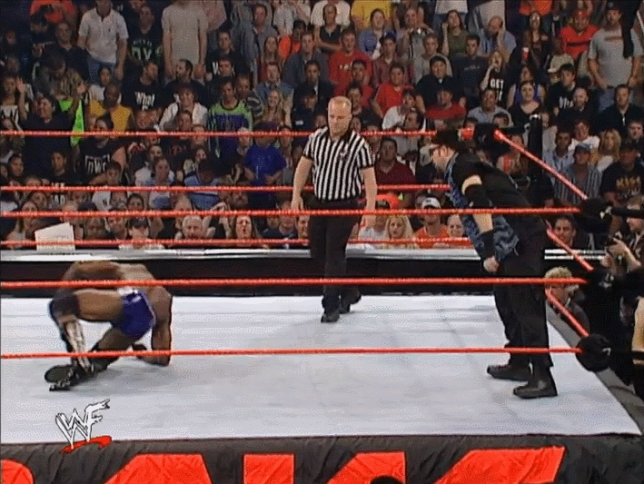 breathinginformation, squaredcircle, Bubba's clothesline changes the match stipulation GIFs