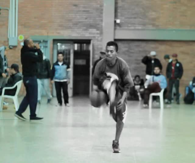 Watch basket hiphop GIF by @peluca on Gfycat. Discover more related GIFs on Gfycat
