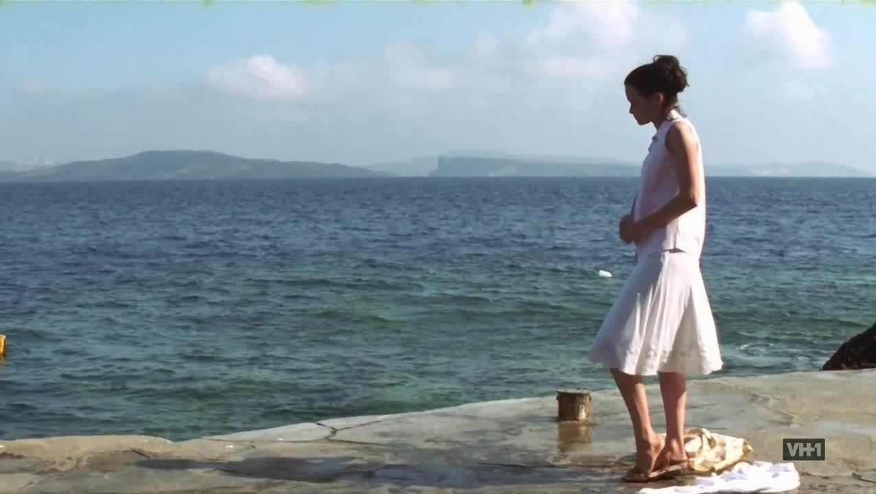 AlexisBledel, Swimming, alexisbledel, Alexis Bledel swimming in Sisterhood of the Traveling Pants GIFs