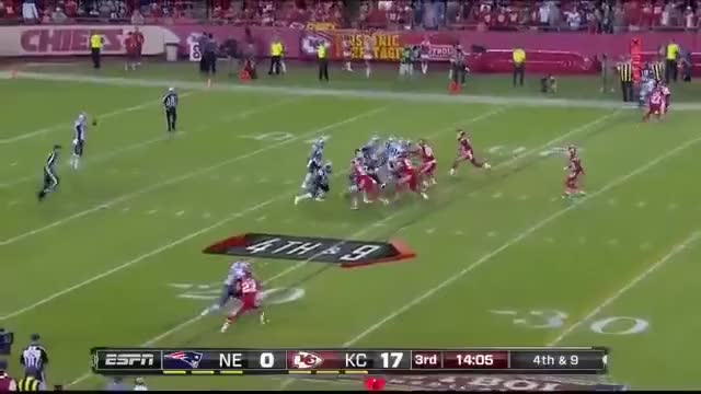 Watch and share 2014 - Patriots @ Chiefs Week 4 MNF GIFs by casimir_iii on Gfycat