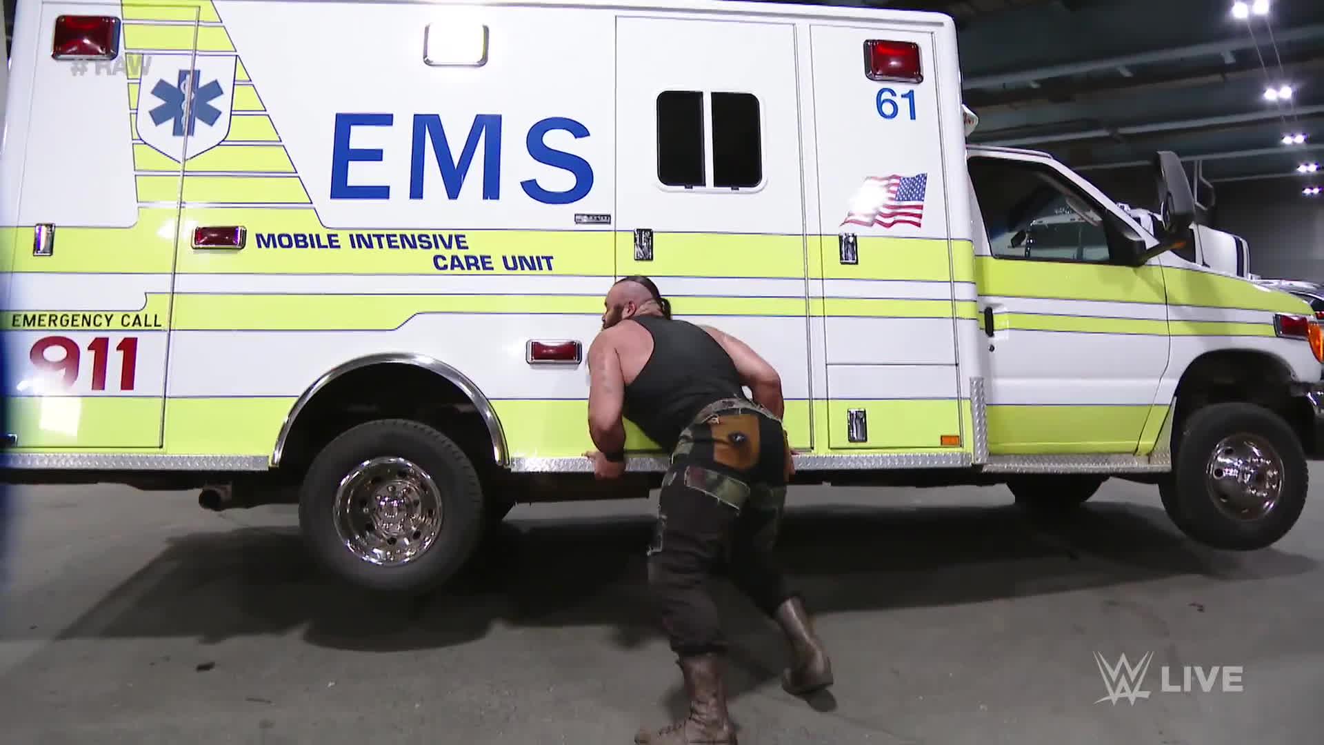 Weakpots, world wrestling entertainment, wwe, Braun Strowman savagely attacks Roman Reigns: Raw, April 10, 2017 GIFs