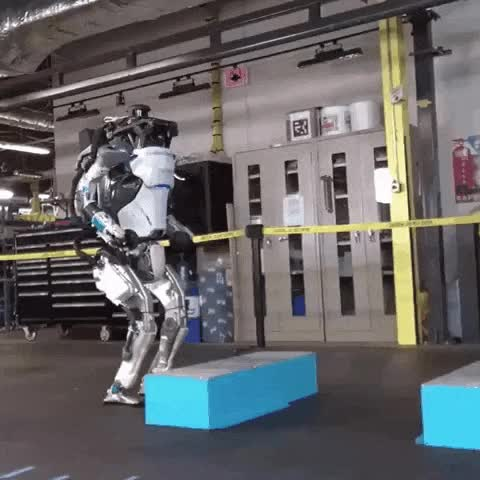 Watch and share Boston Dynamics' Robot Atlas GIFs by FR on Gfycat