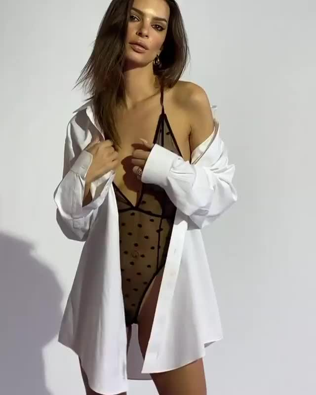 Watch and share Emily Ratajkowski GIFs and Inamorata GIFs by younghawthollywood on Gfycat