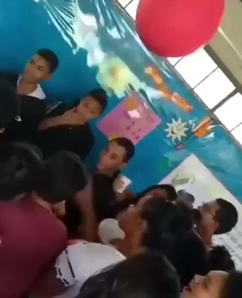 Balão GIFs