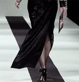Watch Daisy Lowe GIF on Gfycat. Discover more London Fashion Week, Vivienne Westwood, catwalk, daisy lowe, gifs, lfw15 GIFs on Gfycat