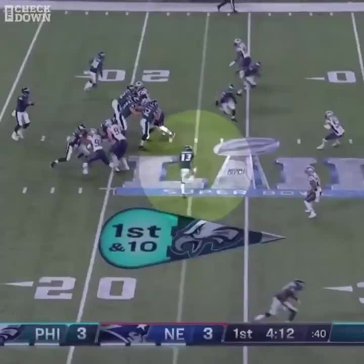 awesome, eagles, football, nelson agholor, nelsonagholor, nfl, philadelphia, philadelphia eagles, philadelphiaeagles, route, sports, super bowl, super bowl lii, superbowl, superbowllii, zach ertz, zachertz, Nelson Agholor slaps five with Zach Ertz during cross-route GIFs