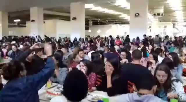 Watch #RT Depois de Evidências, enaltecemos DORMI NA PRAÇA no RU Campus UFJF.  Víd... GIF on Gfycat. Discover more related GIFs on Gfycat