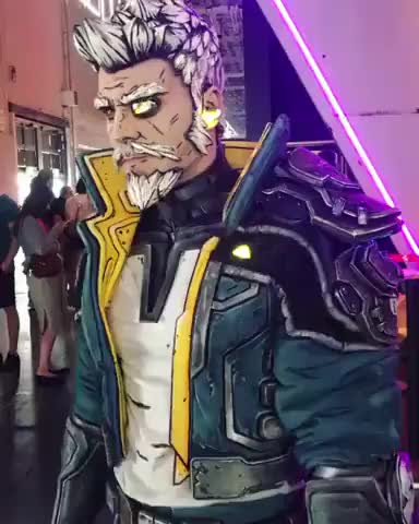 This Borderlands Zane cosplay by Maul Cosplay - gif