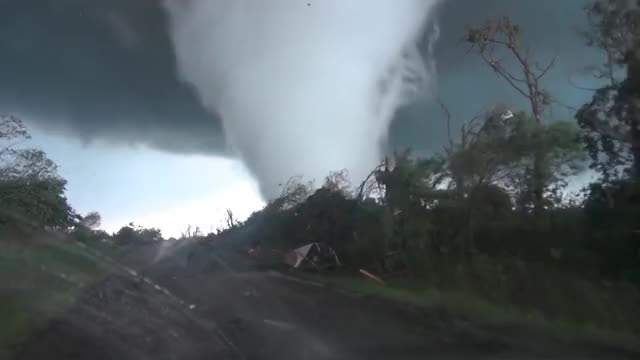 Watch and share Tornado GIFs by solateor on Gfycat