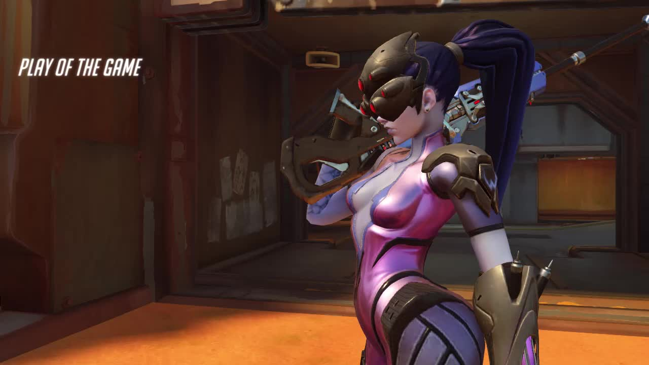 gold widow 18-06-16 18-31-00 GIFs