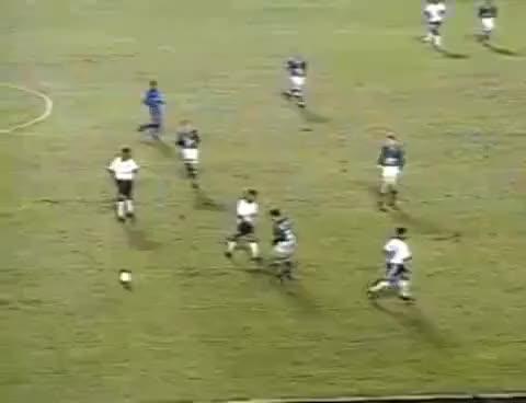 Watch and share Corinthians Sagra-se Campeão Paulista 99 Com Direito A Embaixadinha De Edílson GIFs on Gfycat