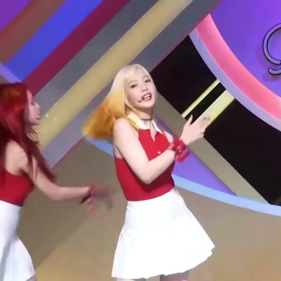 choaya, joy, kpop, red velvet, Bouncy Red Velvet Joy (reddit) GIFs