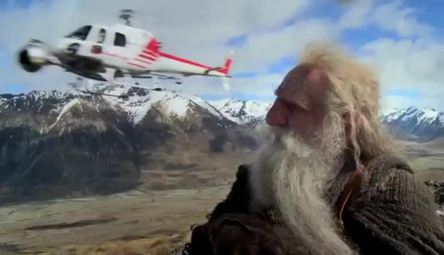 ASSCAKES, Dwarfs, Helicopter, Lord of the Rings, New Zealand, The Hobbit, Dwarfs and helicopters GIFs