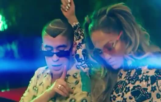 a, about, bad, bunny, finger, forget, guste, it, jennifer, jlo, lesson, lopez, move, neh, no, te, teach, teaser, way, you, Jennifer Lopez & Bad Bunny - Te Guste GIFs