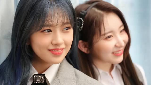 Watch and share Chaeyeon GIFs and Izone GIFs by itssarcazm on Gfycat