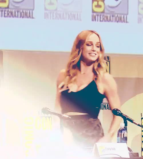 "Watch Geoff Johns: ""Our Canary, Caity Lotz!"" GIF on Gfycat. Discover more arrowcastedit, by katie, caity lotz, caitylotzedit, sdcc2015, ~ GIFs on Gfycat"