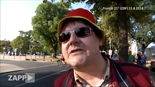Watch Demo in Dresden: Pegida vs. TV-Team | ZAPP | NDR GIF on Gfycat. Discover more Demo, Dresden, Polizei, Zapp, afd, anzeige, frey, frontal21, medienpolitik, merkel, pegida, pressefreiheit, zdf GIFs on Gfycat