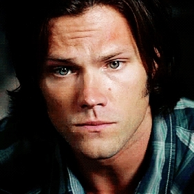 Sam Winchester Smiling Gifs Search | Search & Share on Homdor