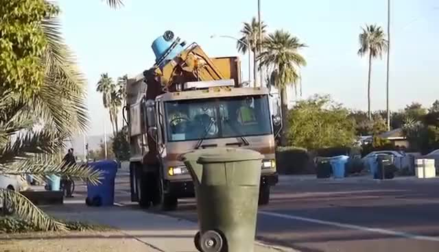 Watch this truck GIF on Gfycat. Discover more transportation, truck, trucks GIFs on Gfycat