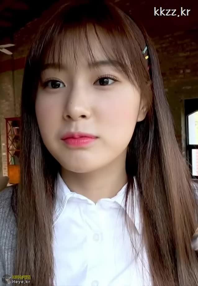Watch and share Kang Hye Won GIFs and Izone GIFs by 매의눈닷컴(▶heye.kr) on Gfycat
