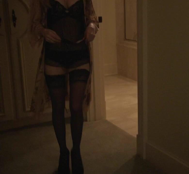 celebs, watchitfortheplot, Carlson Young in 'Scream' [S01E03] GIFs