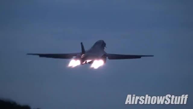 Watch B-1B Lancer Night Afterburner Takeoff and Spiral Climb - EAA AirVenture Oshkosh 2018 GIF on Gfycat. Discover more Aircraft, B1, Flames, Flyby, Pilot, Rocket, afterburner, airplane, bright, dusk, flight, flypast, landing, launch, oshkosh, runway, scramble, stratofortress, sunset, warplanes GIFs on Gfycat