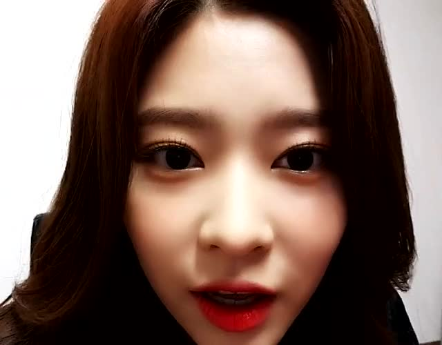 Watch and share IZ*ONE | Minju | Smile Hbday GIFs by KPopGG on Gfycat