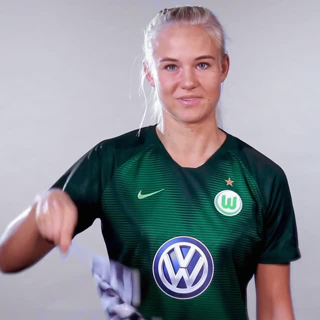 Watch and share 22 Flag Finish GIFs by VfL Wolfsburg on Gfycat