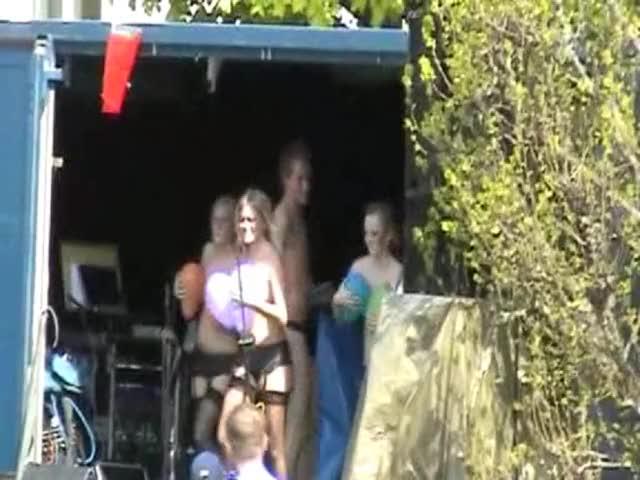 Watch BallongDansen 2005 GIF on Gfycat. Discover more related GIFs on Gfycat