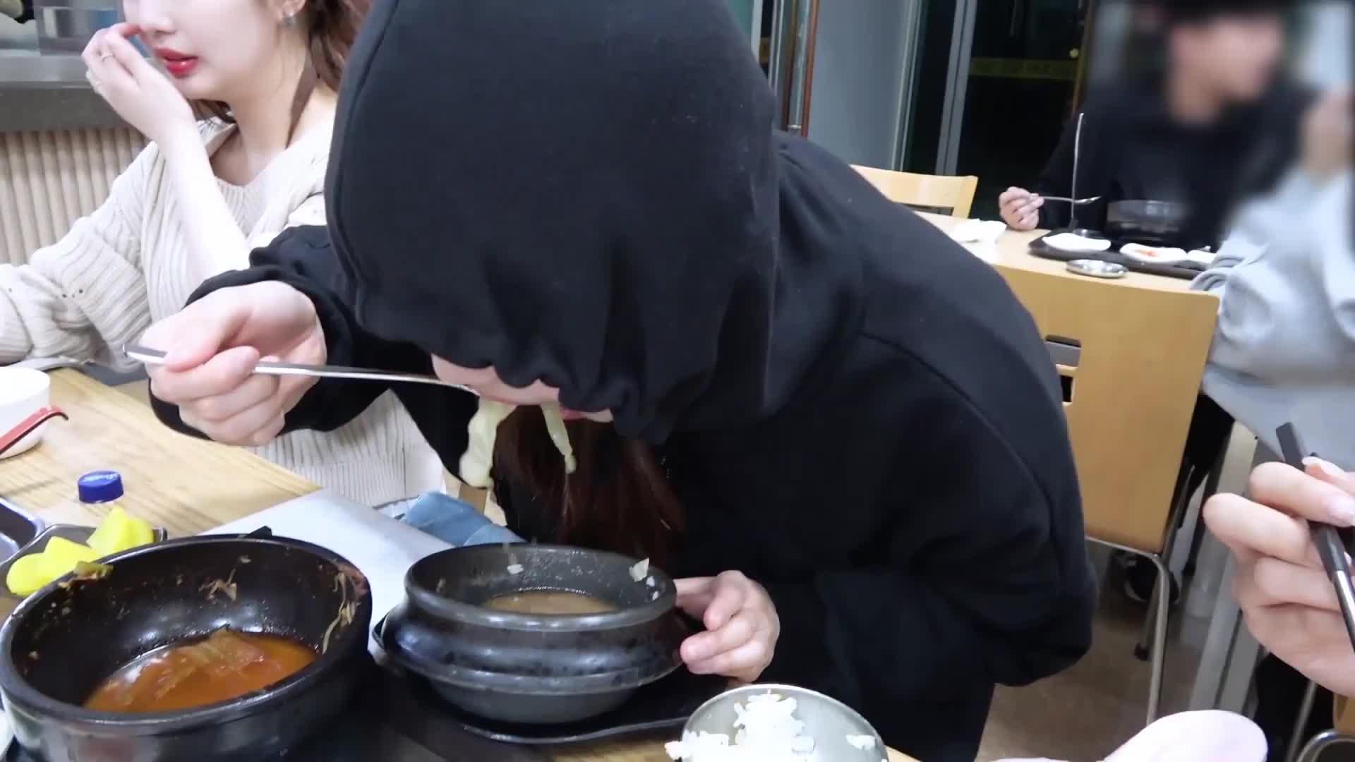 이달의소녀탐구 #524 (LOONA TV #524) 4 GIFs