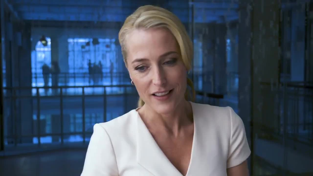 celebs, films, gillian anderson, movie, movies, The Spy Who Dumped Me - Gillian Anderson Interview GIFs