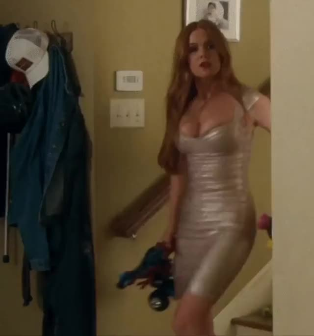 isla Fisher can not contain her overweight fuckin titties