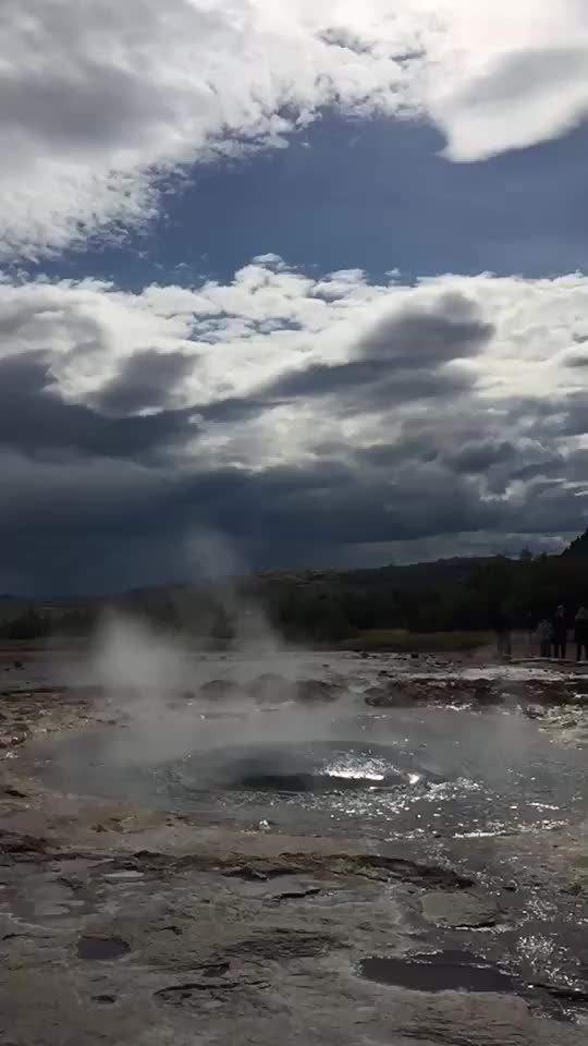 Watch Erupting Geyser In Iceland GIF on Gfycat. Discover more EarthPornGifs, earthporngifs, iceland GIFs on Gfycat