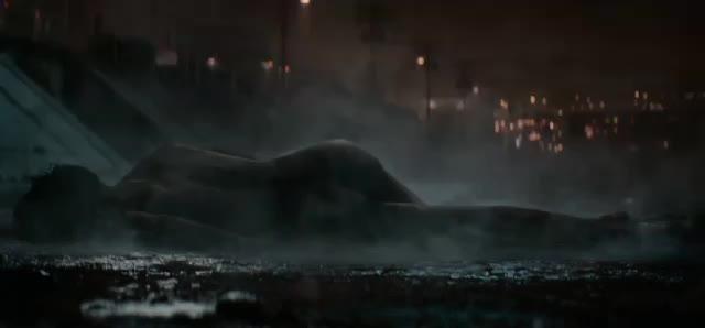 mackenzie Davis-Terminator Black Fate trailer